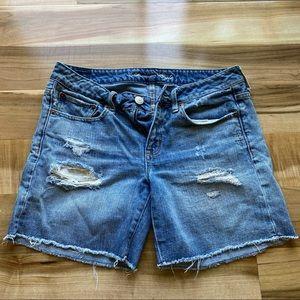 EUC American Eagle Distressed Shorts. Size 6